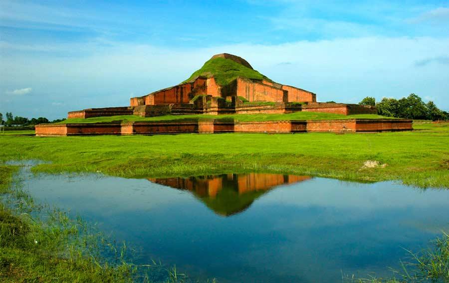 Bangladesh, Moinamoti ruins near Comilla