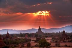 Sunset rays at Bagan, Myanmar